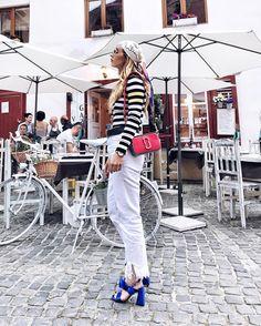 Alina Tanasa wearing our Marc Jacobs Snapshot Bag