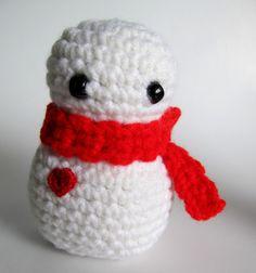 Crochet SNOWMAN AMIGURUMI / Holiday Snowmen with by JessesMomus