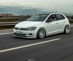 Volkswagen Polo, Air Ride, Vw Cars, Car Photos, Super Cars, Porsche, Automobile, Country Music, Madness
