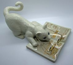 Lenox Cat Chronicles Ivory Colour Fine China Reading Newspaper  Cat Kitten Feline Figurine 24 K Gold Trimming