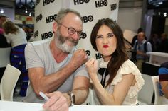 Liam Cunningham, Carice van Houten, Game Of Thrones Does He Miss Me, Liam Cunningham, Game Of Thrones Cast, The North Remembers, Got Memes, Fantasy Series, Actors & Actresses, It Cast, Davos