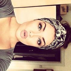 beautiful makeup. LOVE that lipstick!!!