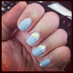 Daisy chain nails for this week's #ManicureMonday. Almost a Ruffian #manicure, no? I copied this from someone on YouTube-and I forgot her name. I'm so sorry! October 14, 2013. #nails #nailart #nailpolish