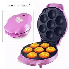 Dieser Muffin Maker bäckt im Handumdrehen köstliche kleine Muffins und Cupcakes. Verzaubern Sie Freunde und Familien mit den leckeren Küchlein! Auch ein prima Geschenk für Back-Profis!