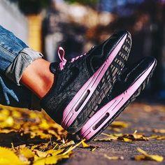 nike shox taquets zoom - Sneakers femme - Nike Air Max Tuned 1 (?footlockereu) | Sneakers ...