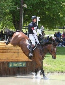Ex-racehorse Paklane Hawk sweeps Rolex! #OTTB