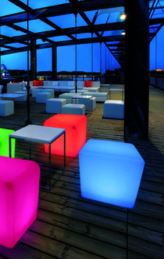 Clairage ext rieur outdoor lighting inspiration on for Eclairage a led exterieur