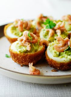 Jajeczne Przekąski My Recipes, Holiday Recipes, Salmon Burgers, Finger Foods, Avocado Toast, Baking, Breakfast, Ethnic Recipes, Poland