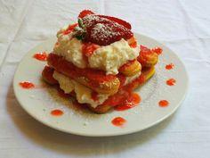 Le fragole Solarelli sono ideali per rendere questa ricetta davvero di classe per il loro gusto dolce ed intenso, per veri intenditori.