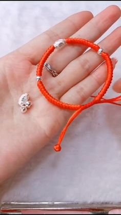 Diy Crafts Jewelry, Bracelet Crafts, Handmade Jewelry, Decor Crafts, Diy Friendship Bracelets Patterns, Diy Bracelets Easy, Macrame Bracelet Patterns, Beaded Jewelry, Beaded Bracelets