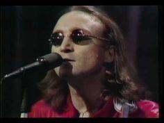 John Lennon - Imagine (Live) - YouTube