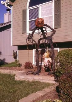 my 2013 diy 8ft grim wheads halloween prop from pvc