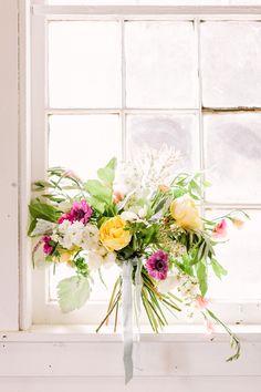 Photo Credit: Haley Sheffield   @Meredith Dlatt Dlatt Dlatt Mejerle @Amy Lyons Lyons Lyons osaba @Shanna Freedman Freedman Freedman Skidmore  #DIY #Flowers