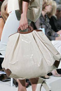 Marni at Milan Fashion Week Spring 2007 - Livingly Trendy Handbags, Best Handbags, Purses And Handbags, Milan Fashion Weeks, Beautiful Bags, Marni, Just In Case, Ready To Wear, Bags 2018