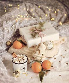 Holiday Mood, Christmas Mood, Noel Christmas, Christmas Photos, Christmas And New Year, Xmas, Chocolate Navidad, Christmas Flatlay, Winter Photos
