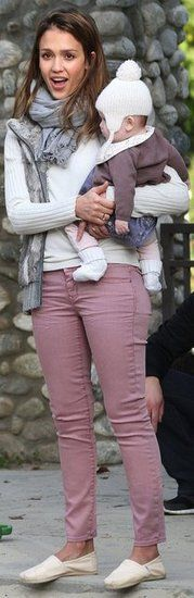 """Gap and Toms? """"Jessica Alba unveiled the perfect transitional ensemble in rose-hued Gap denim, a gray fur vest, and cream TOMS while enjoying some family time at a Beverly Hills park. Runway Fashion, Girl Fashion, Womens Fashion, Fashion Trends, Fashion Inspiration, Toms Outfits, Cute Outfits, Cool Girl Style, My Style"""