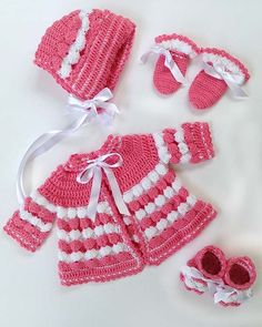 Picture of Vintage Puff Shell Layette Crochet Pattern Crochet Baby Mittens, Baby Girl Crochet, Crochet Baby Clothes, Crochet For Kids, Baby Knitting, Crochet Hooks, Free Crochet, Crochet Crafts, Yarn Crafts