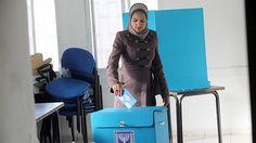 Breaking taboo, Jerusalem Palestinians seek Israeli citizenship  While the vast majority of East Jerusalem Palestinians refuse citizenship, more are requesting it, citing lack of peace deal, weak legal status, and pragmatism.