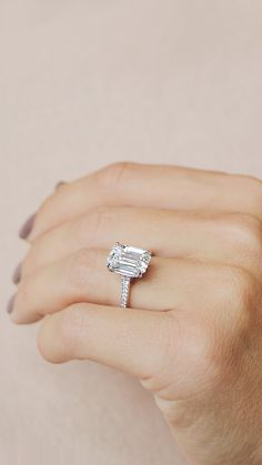 Engagement Solitaire Sapphire Diamonds Available Big Wedding Rings, Wedding Ring Styles, Wedding Rings Solitaire, Wedding Rings Vintage, Vintage Engagement Rings, Diamond Engagement Rings, Solitaire Diamond, Dream Wedding, Wedding Bands