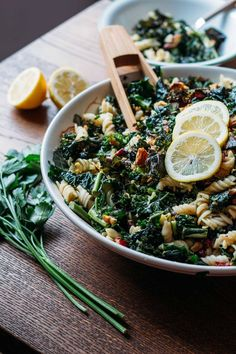 Kale, Pecan & Cranberry Pasta Salad #vegan #plant #based #kale #salad | Veeg.co