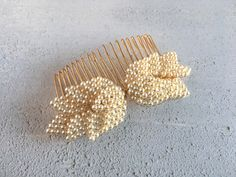 Bridal Hair Comb, Pearl Leaf Hair Comb by AvaGraceBridal on Etsy https://www.etsy.com/listing/499057197/bridal-hair-comb-pearl-leaf-hair-comb
