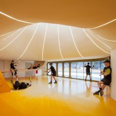 Scooped rooflights and sinuous forms define Strasbourg tennis clubhouse by Paul Le Quernec Club Design, Design Blog, Store Design, Luz Natural, Strasbourg, Casas Club, Building Costs, New Territories, Tennis Clubs