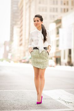 Silk Bow :: Soft silk & tweed and leather skirt Wendy's Lookbook, Manolo Blahnik Heels, Tweed Skirt, Leather Skirt, Leather Jacket, Looks Chic, Street Style Summer, Work Fashion, Curvy Fashion
