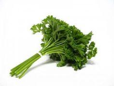 Le persil pour la détoxication des reins et du foie - Jus de fruits et légumes