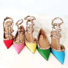 A rainbow of Valentino Rock Stud pumps. Dream Shoes, Crazy Shoes, Me Too Shoes, Valentino Shoes, Valentino Rockstud, Rockstud Pumps, Valentino Red, Bling Bling, Hot Shoes