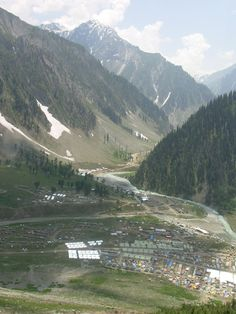 Amarnath Yatra, Jammu and Kashmir. Get great deals for you trip to Jammu and Kashmir only on www.tripcrafters.com (Pic by by flickr user madpai)  #JammuAndKashmir | #Amarnath | #Yatra
