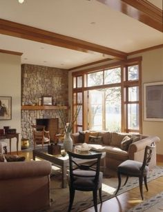 Contemporary Craftsman: Updating Arts & Crafts Architecture And Design