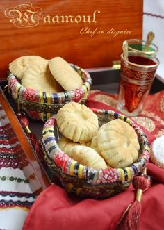 Maamoul (Stuffed shortbread cookies) - Maamoul or mamool are small shortbread cookies traditionally filled with dates, pistachios or walnuts. They are popular in Levantine cuisine (Palestine, Jordan, Syria and Lebanon). Arabic Dessert, Arabic Sweets, Arabic Food, Lebanese Desserts, Lebanese Recipes, Lebanese Cuisine, Middle Eastern Sweets, Middle Eastern Recipes, Shortbread Cookies