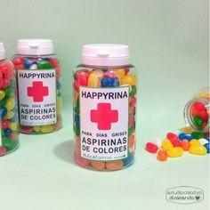 Pildoras con mensajes, pastilleros chucherias mensajes originales Birthday Box, Birthday Gifts, Happy Nurses Day, Diy Gifts, Great Gifts, Friendship Day Gifts, Bestie Gifts, Happy Pills, Teachers' Day