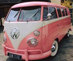 My kind of car. Pink and white VW bus Volkswagen Transporter, Vw T1, Volkswagen Jetta, Volkswagen Vehicles, Wolkswagen Van, Van Vw, Ford Gt, Audi Tt Mk1, Combi Ww