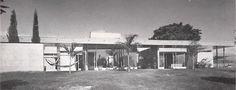 Casa de campo en Cuernavaca, Morelos, México. 1956    Arq. Mario Pani-    Weekend House in Cuernavaca, Morelos, Mexico. 1956