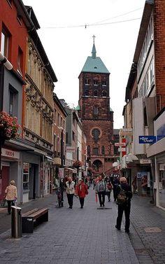 Aachen: St. Adelbert Kirche, Deutschland | Flickr - Photo by Einsiedler.