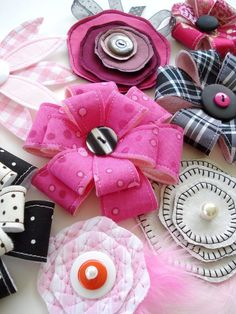 Such cute hair accessories!