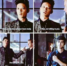 THE LOOK ON ALEC'S FACE HES ALREADY SO IN LOVE #Malec #Shadowhunters