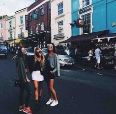 Would love to travel with ma besties Bff Pictures, Best Friend Pictures, Friend Photos, Cute Photos, Go Best Friend, Best Friend Goals, Best Friends Forever, Ft Tumblr, Gal Pal