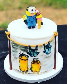 Hand painted cocoa butter minions cake with gumpaste minion. Despicable Me 2 Minions, My Minion, Funny Minion, Pirate Birthday Cake, Birthday Cakes, Pirate Cakes, 5th Birthday, Birthday Parties, Minions Funny Images