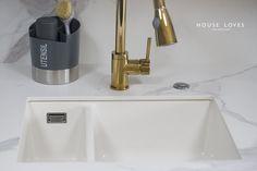 Projekt NAVY - granatowa, elegancka kuchnia w klasycznym stylu Kitchenaid, Bath Caddy, Sink, House, Interior, Home Decor, Sink Tops, Vessel Sink, Decoration Home