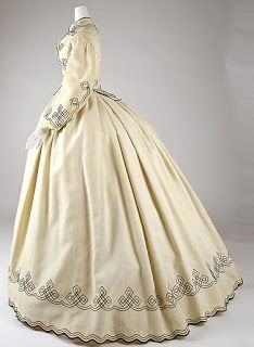 Basically Creative Me: 1860s dress -- the search for the elliptical crinoline
