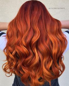 The 11 Best Fall Hair Color Ideas of 2018 Red Hair red orange hair Hair Color Highlights, Red Hair Color, Hair Color Balayage, Cool Hair Color, Peekaboo Highlights, Dyed Red Hair, Violet Hair, Hair Dye, Red Color