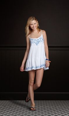 very cute, like it with straps and the embroidered detail -- #Crowdsurfer | Hollisterco.com