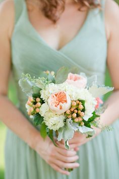 Beautiful Virginia Wedding with Amazing Green and Pink Color Palette. To see more: http://www.modwedding.com/2014/09/22/beautiful-virginia-wedding-amazing-green-pink-color-palette/ #wedding #weddings #bridal_bouquet