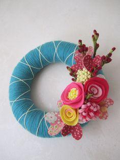 Teal Yarn Wreath with Pink Felt Flowers