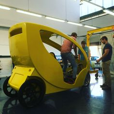#mellowcabs #workinprogress For more information visit our website --> www.mellowcabs.com Custom Trikes, Electric Car, Scooters, Quad, Baby Strollers, Garage, Concept, Website, Cars
