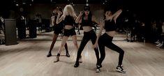 Imagem relacionada Toxic Love, Gif Dance, Hard To Love, Dance Choreography, Dance Studio, Beyonce, Fanfiction, Wattpad, Fan Art