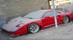 Pobre rico: la crisis llena las calles de Dubái de miles de autos lujosos abandonados (FOTOS) - RT