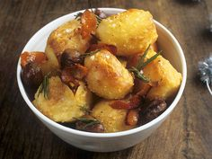 Geröstete Kartoffeln mit Rosmarin - smarter - Zeit: 35 Min.   eatsmarter.de